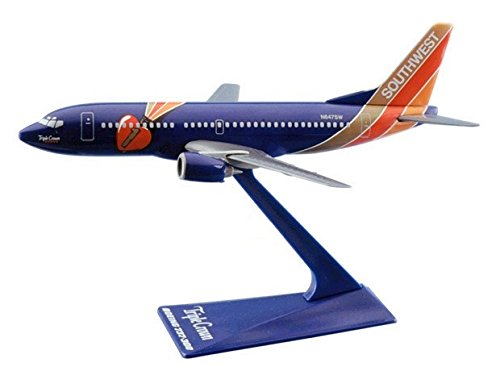 flight-miniatures-southwest-airlines-swa-triple-crown-boeing-737-300-1200-scale-display-model