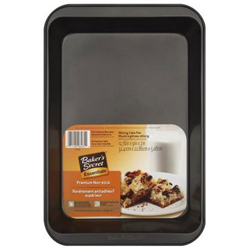 Metal Oblong - WORLD KITCHEN 1074982 Oblong Cake Pan, 13 x 9-Inch, Metallic