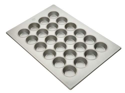 Commercial Bakeware Jumbo Muffin Pan, 24-Cup by Focus Foodservice