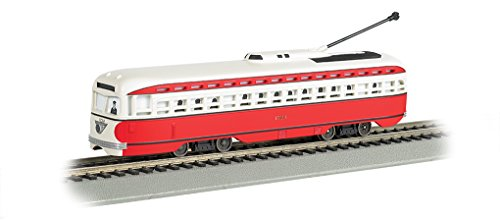 Bachmann Pittsburgh PCC Streetcar with Sparking Trolley Pole