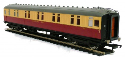 Hornby R4182 BR Corridor Sleeper E2161E 00 Gauge Coach Rolling Stock Trains Vehicles