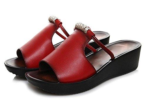 las sandalias del verano de los deslizadores de los zapatos pendiente con la palabra deslizadores frescos blandos mujeres inferiores antideslizantes Red