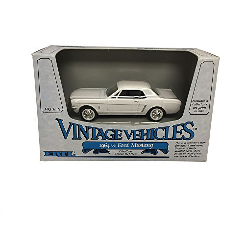 ERTL Vintage Vehicles 1964 1/2 Ford Mustang Metal Replica Diecast Models Car 1:43 Scale -
