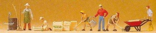 Gardeners w/Accessories (6) HO Scale Preiser Models