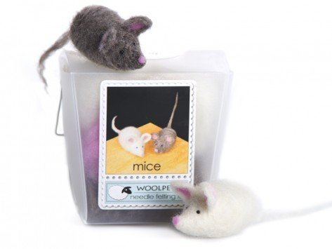 WoolPets Mice Needle Felting Craft Kit - Needle Felted Mouse
