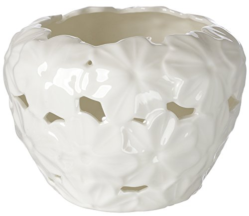 5th Avenue Collection Porcelain Candy Dish with Embossed Daisy Decor ()