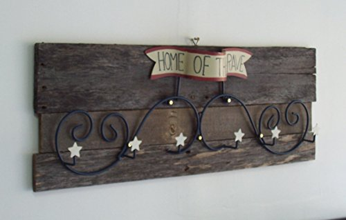 Dover Hanging (Rustic Patriotic 'Home of The Brave' Unique Country Wall Hanging.)