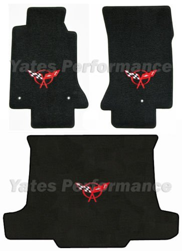 (C5 Corvette Convertible Black 3pc Floor & Rear Cargo Mats - Crossed Flags Logo in Red)