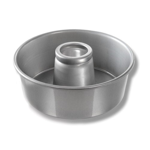 Chicago Metallic 46565 #656 Angel Food Tube Cake Pan - 6 / CS by Chicago Metallic Bakeware