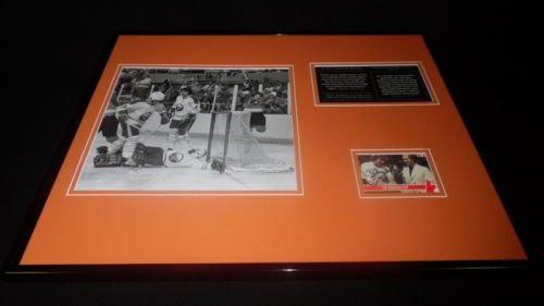 Bobby Clarke Signed Framed 16x20 Photo Display Philadelphia Flyers