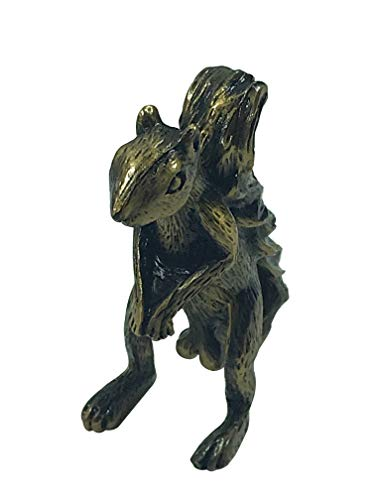 Nuts Poker Table - Squirrel Poker Figurine Protect Your Nuts (Antique Gold)