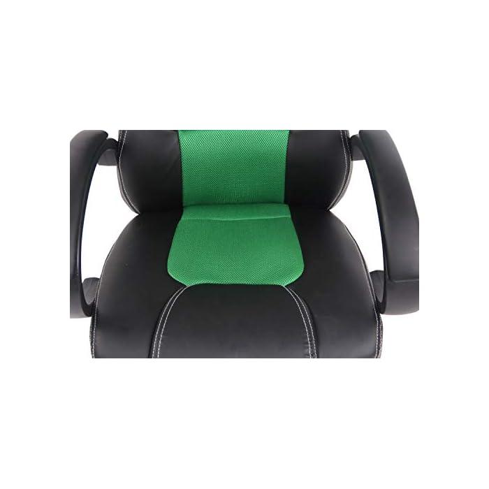 CARACTERÍSTICAS: La silla Gaming Fire tiene un acolchado de alta calidad y mezcla el tapizado en cuero sintético y tela para ofrecer un plus de comodidad. La silla tiene un estilo deportivo, es regulable en altura, giratoria e incluye un mecanismo de balanceo para ofrecer más libertad de movimientos. POSTURA SALUDABLE: Con la silla gaming Fire se consigue mantener una postura cómoda durante largos periodos de tiempo, además, gracia a su diseño claro y sus definidas formas hacen que se adapte perfectamente a la postura de trabajo. Ofreciendo así el máximo confort. DIMENSIONES: La silla Gaming tiene las siguientes medidas: Altura total: 110 - 120 cm I Ancho total: 62 cm I Profundidad total: 66 cm I Altura del asiento: 49 - 59 cm I Profundidad del asiento: 50 cm I Altura del respaldo: 71 cm I Altura del resposabrazos des del suelo: 72 - 82 cm I Peso: 16 kg.
