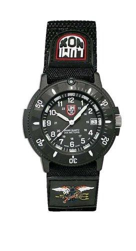 Dive Watch Compass (Luminox Men's 3901 Original Navy SEAL Dive Watch)