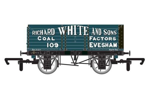 Hornby R6757 7 Plank Wagon 'Richard White & Sons'