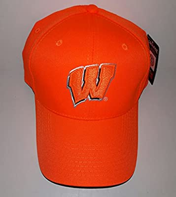 University Of Wisconsin Badgers Adjustable Buckle Hat 3D Embroidered Cap from Signatures.