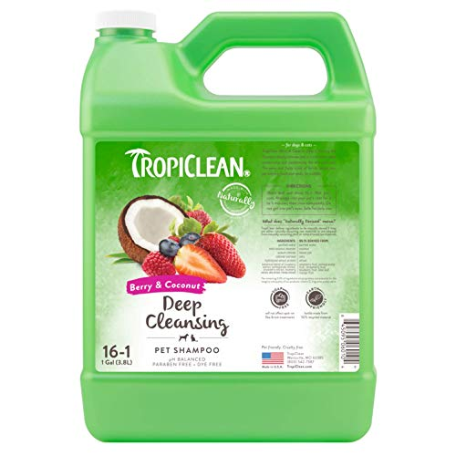 (TropiClean Berry & Coconut Deep Cleaning Pet Shampoo, 1 Gallon)