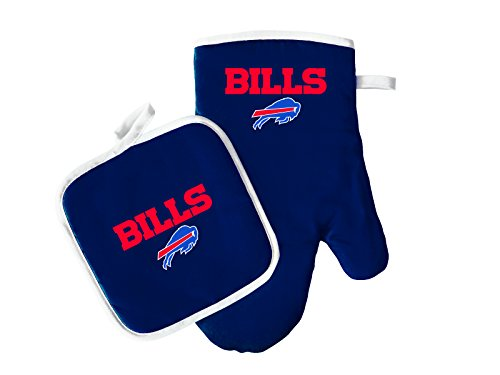 (Pro Specialties Group NFL Buffalo Bills Oven Mitt and Pot Holder Set)