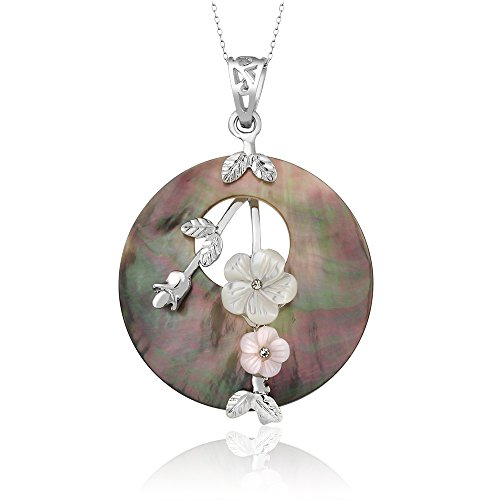Feminine Multicolor Abalone Shell Flowers Mother of Pearl Circular Pendant 39mm