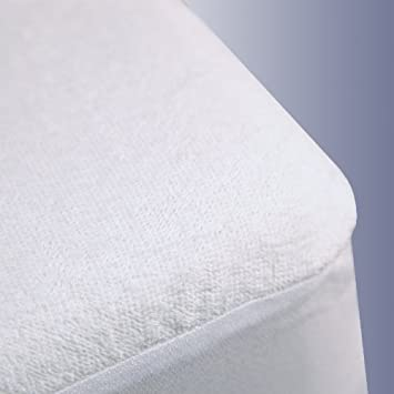 Amazon.com: Terry Cloth Waterproof Mattress Protector, King Size ... : waterproof quilt protector - Adamdwight.com