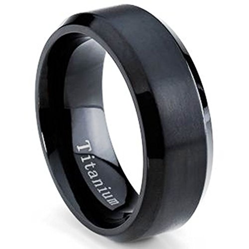 Oliveti Men's Black Plated Titanium Comfort Fit Wedding Band (8mm)- Size 12