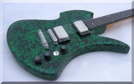 Slash BC Rich Mockingbird Guitarra en miniatura: Amazon.es ...