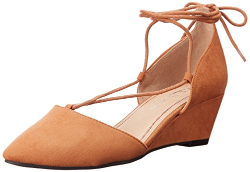 (CL by Chinese Laundry Women's Trissa Ghillie Wedge Pump, Caramel Super Suede,  8 M US)