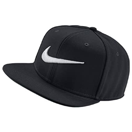0d35be8c4f8 Amazon.com  Nike Unisex Pro Cap Swoosh Classic