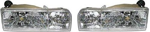(Headlights Headlamps Composite Pair Set for 95-97 Lincoln Town Car)