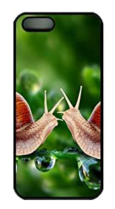 iPhone 5/5S Cases & Covers Snails Meeting Design PC Case Cover Protection for the Apple iPhone 5/5s Black
