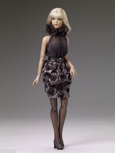 Doll Outfits Tonner (Tonner Shades of Grey Doll Outfit)