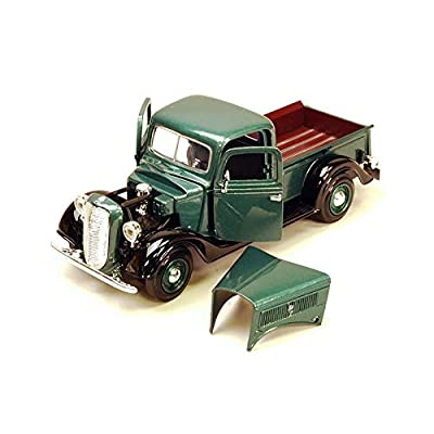 Motormax 1937 Ford Pickup Truck Green 1:24 Diecast Car: Toys & Games