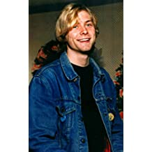 Kurt Cobain: 300 Rare Photos Of Kurt Cobain: Nirvana: 300 Rare Photos Of The Legendary Nirvana Frontman Kurt Cobain