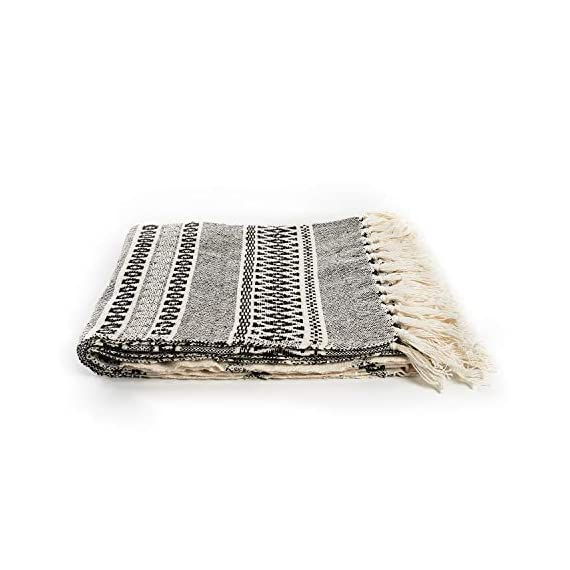 MOTINI 100% Cotton Decorative Blankets Cozy Grey and White Throw Blankets Hand-Knitted with Tassel for Sofa, Couch, 60 x 50 inch - A subtle diamond motif gives this option a pop of pattern while it's fringe trim gives a timeless design that blends effortlessly into any ensemble Fits the rustic, vintage, or distressed look - This cozy throw blanket adds a classic touch and exceptional texture & style to any home to any living, dining, bedroom, home office or foyer with its timeless design and practical size. This beautiful high-quality 100% cotton decorative blanket will last for years to come. It is lightweight making it great for summer and easy transportation between rooms. It measures 60 x 50 inches. - blankets-throws, bedroom-sheets-comforters, bedroom - 41qjWSEZAOL. SS570  -