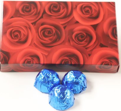 Scott's Cakes Milk Chocolate Banana Cream Filling Candies with Dark Blue Foils in a 1 Pound Red Roses Box ()
