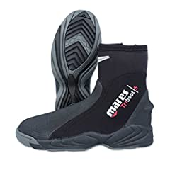 The Mares Trilastic 5mm Dive Boot is a robust temperate water boot that will give you years of reliable service. This beefy built dive boot has a comfortable hard sole, engineered to give the highest control and power transmission during fini...