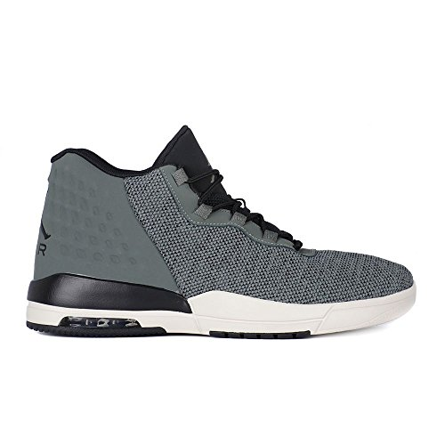 Zapatillas Jordan �?Academy gris/negro/blanco talla: 43