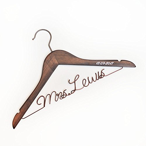 Vnque Custom Wedding Hanger Birde Last Name and Date Birdesmaid Gift