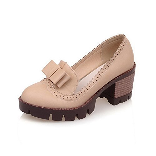 AllhqFashion Damen PU Leder Rein Ziehen auf Rund Zehe Mittler Absatz Pumps Schuhe Cremefarben