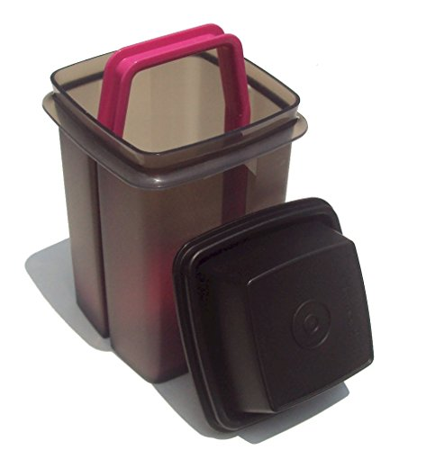 - Tupperware 5 Cup Pick A Deli Pickle Keeper Container in Black 7.5 Inch