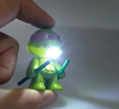 J10 New TMNT Teenage Mutant Ninja Turtles Action Figures Toys LED Flashlight Keychain with Sound Birthday Christmas Gifts