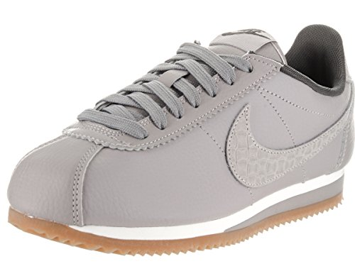 Nike Women's Classic Cortez Leather Lux Matte Silver 861660-003 (Large Image)