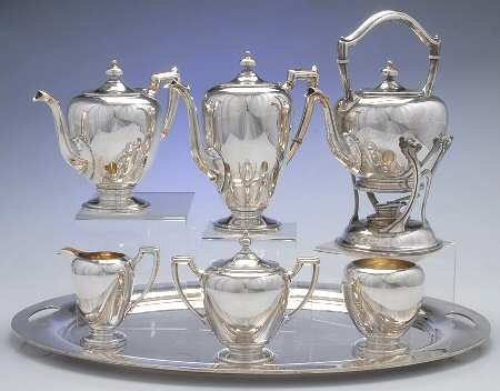 ANTIQUE STERLING SILVER TEA SERVICE WITH LARGE TRAY (Silver) ()