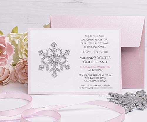 Winter Wonderland Invitations with Envelopes. Girl First Birthday party Invitations. Winter Onederland Party Invitations. Winter Wonderland Birthday -