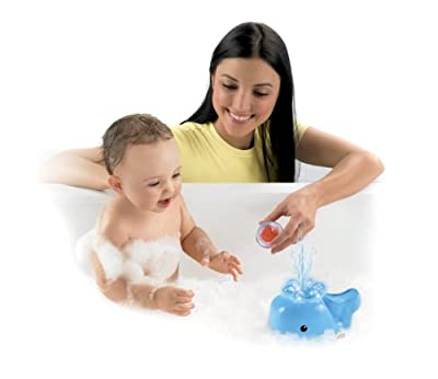 Fisher-price Brilliant Basics Spray N Lights Bath Whale from Fisher-Price