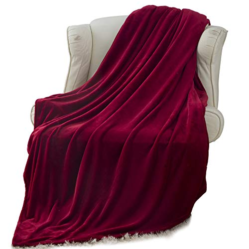 Moonen Flannel Throw Blanket Luxurious Twin Size Lightweight Plush Microfiber Fleece Comfy All Season Super Soft Cozy Blanket for Bed Couch and Gift Blankets (Burgundy, 60x80 Inches)