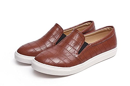 AmoonyFashion Womens Solid Patent Leather Low-Heels Pull-on Round Closed Toe Pumps-Shoes Brown jipY1p8CFC