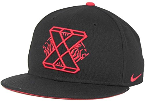 Nike-True-Lebron-James-X-10-Snapback-Adjustable-Hat-Cap
