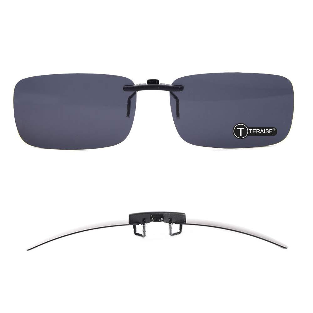 2760b2974c Amazon.com  TERAISE Polarized Clip-on Sunglasses Over Prescription Glasses  Anti-Glare UV400 for Men Women Driving Travelling Outdoor Sport  Sports    ...