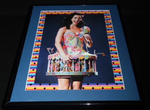 - Katy Perry 2008 MTV Europe Framed 11x14 Photo Display