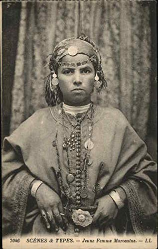 SCENES & TYPES. - Jeune Femme Marocaine. - LL Africa Morocco Original Vintage Postcard